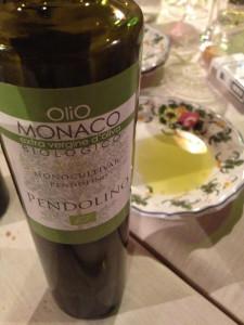 Una bella immagine dell'olio di cultivar Pendolino