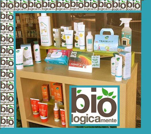 Una piccola esposizione dei prodotti bio disponibili da Bio Logicamente